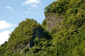 「御前岩」二十年前に入山禁止となった奥多摩屈指の岩場。
